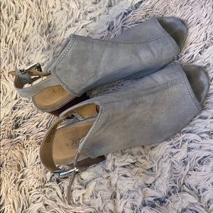 Loft woman's ankle booties with strap!
